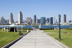 640px-Sandiego_skyline_from_coronado